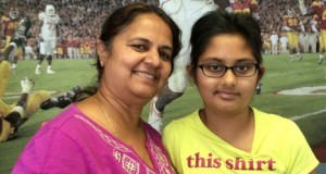 Saloni-and-mom2